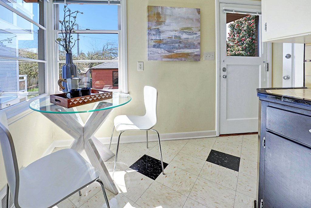 interior photo dining area