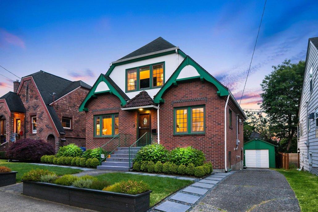 exterior photo house